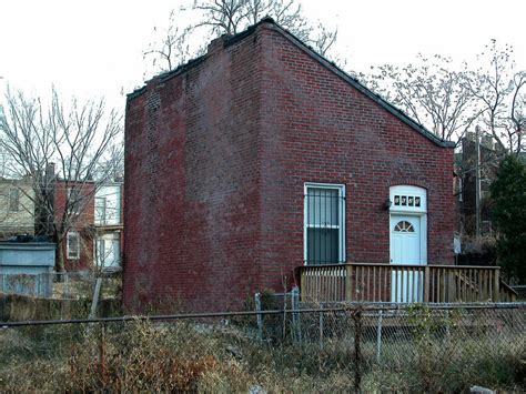 Flounder House by St Louis Survey Finds Dozens Of Historic Triangular