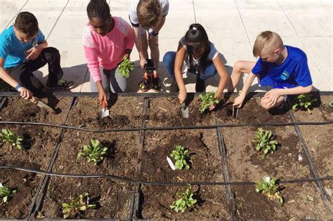Garden Park Elementary by Outreach Spotlight Seasonal Garden Planting At Springdale