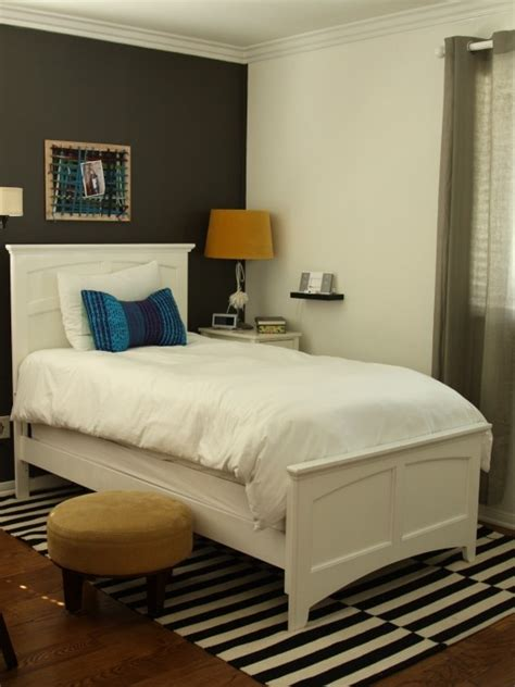 Small Guest Bedroom by Small Guest Bedroom Design For The Home