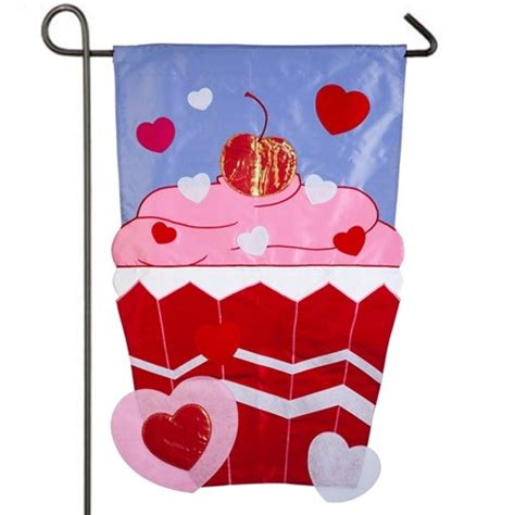 valentines garden flag s cupcake garden flag featured
