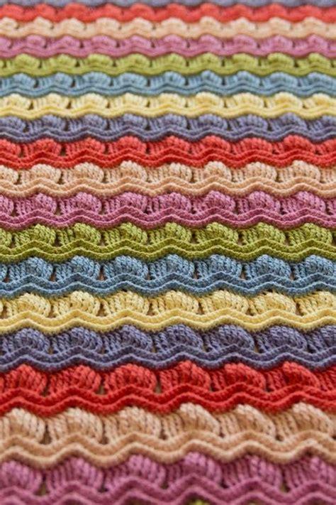 vintage afghan pattern love this pattern vintage fan ripple crochet afghan