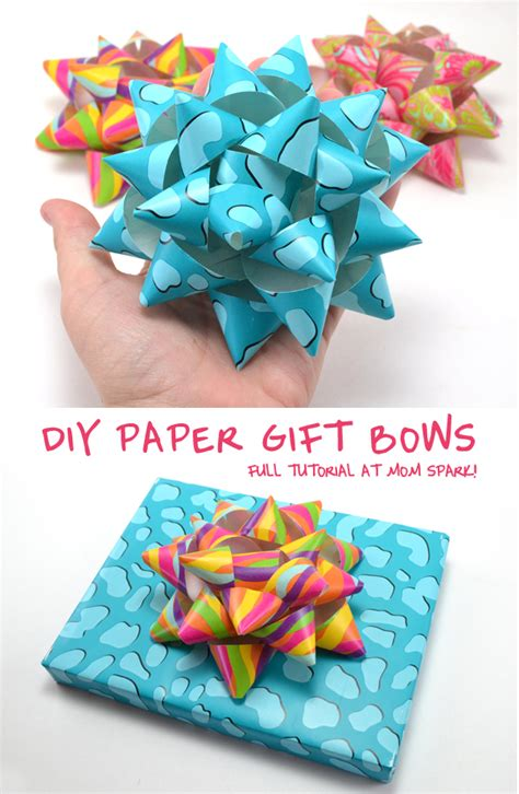 How To Make Bows Out Of Wrapping Paper - diy paper gift bows spark
