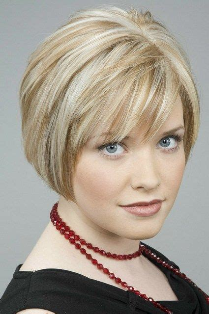 round faca hair cut over 40 short hairstyles for women over 40 faceshairstylist com
