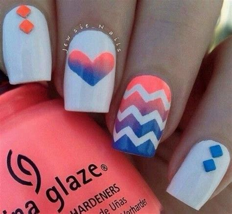 easy nail art chevron best 20 coral chevron nails ideas on pinterest chevron