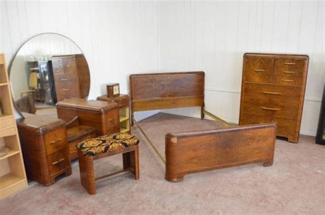 1930s bedroom set want so bad art deco 1930 s waterfall bedroom set