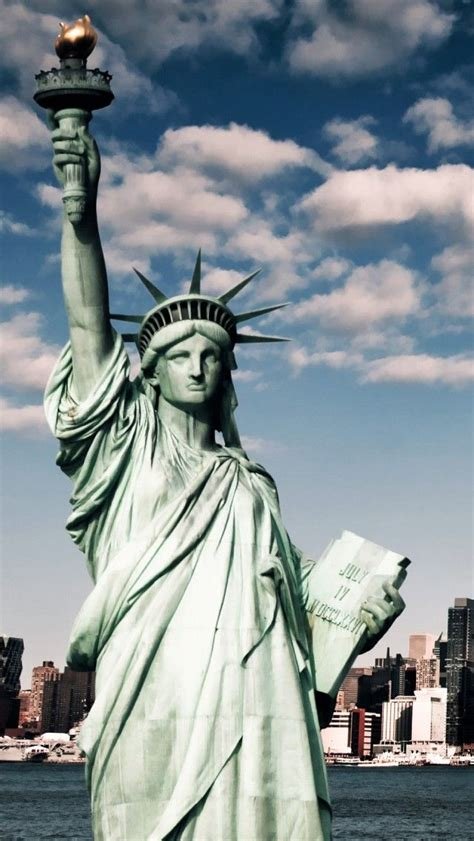 best way to see statue of liberty and ellis island best 25 statue of liberty ideas on statue of