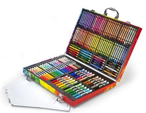 amazoncom crayola  count art set rainbow inspiration