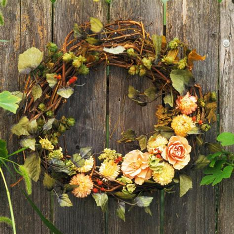 Vine Wreath Decorating Ideas by Grapevine Wreaths Simple Decor Interior Design Ideas