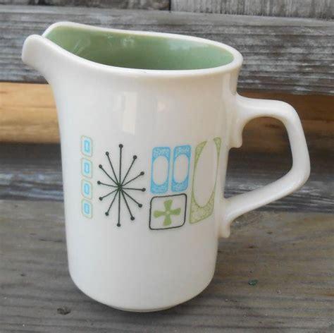 vintage ceramic creamer small pitcher atomic starburst mid century modern design ivory