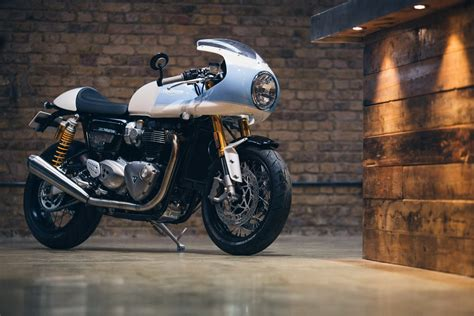 the shed an inspiring triumph supplied by a heartbreaking tragedy books racing caf 232 triumph thruxton r 1200 by standard