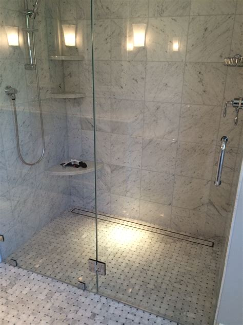 Walk In Shower With Linear Drain Bathroom Remodel Bathroom Shower Drains