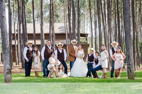 Country Wedding, Houston Wedding Photographer: Veronica