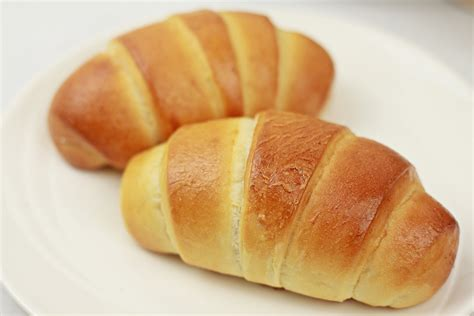 roll roll japanese butter roll crescent roll バターロールのレシピ