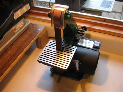 bench belt sander reviews review a nice bench top sander for detail work by