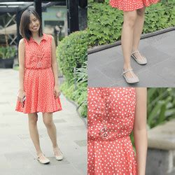 Orang Sunda Vintage chinkay a forever 21 dainty lace dress accessorize