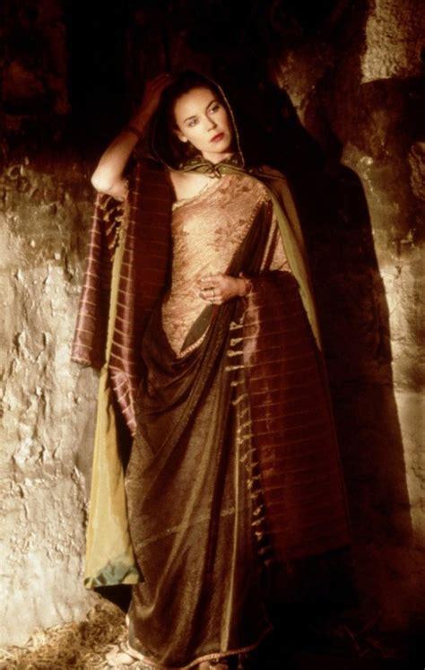 gladiator film costume designer lucilla connie nielsen gladiator 2000 costume design