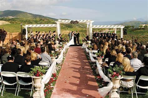 affordable vineyard weddings in southern california the story leoness cellars and wines in temecula