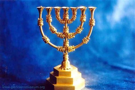 candelabro en la biblia que significa el candelabro significado simb 243 lico