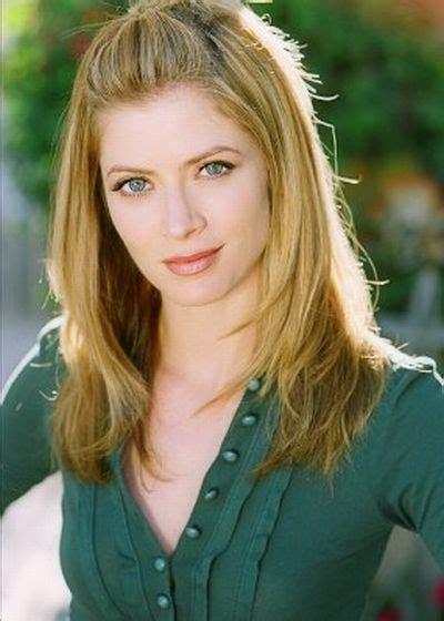 commercial actress gillian gillian vigman photos pictures stills images