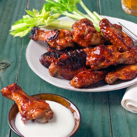 how long do you bake bbq chicken wings