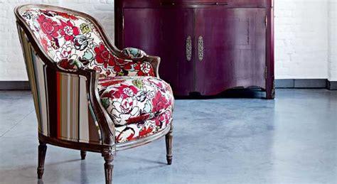 tapizar sillones antiguos sill 243 n antiguo tapizado con telas modernas tendencia deco