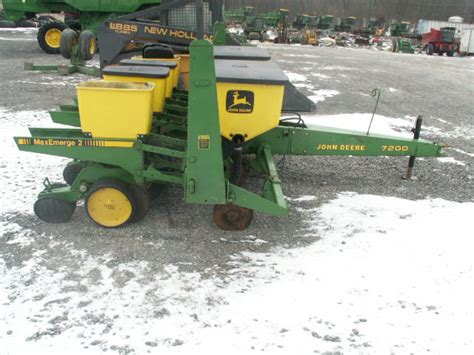 Zeisloft S Farm Equipment Sold John Deere 7200 Corn 4 Row Corn Planter