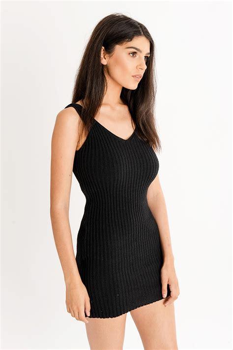 Mila Black mila black ribbed knitted v neck bodycon mini dress