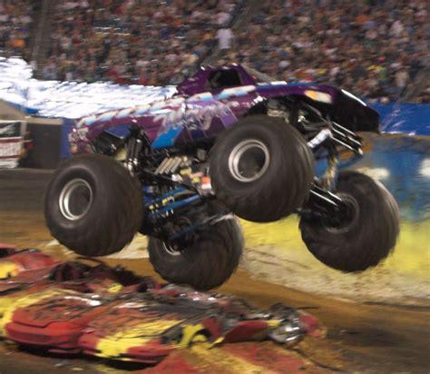 jacksonville monster truck show monster jam monster trucks jacksonville