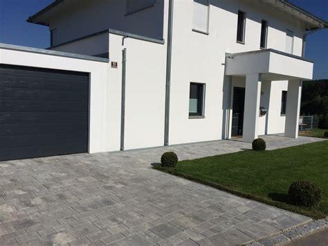 moderner eingangsbereich einfahrt bruckmeier garten und landschaftsbau