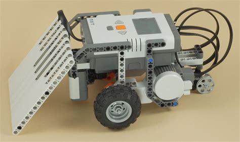 tutorial for lego mindstorm nxt lego mindstorms nxt mini sumo bot lego mindstorms