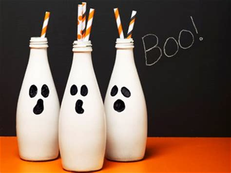 halloween decorations to make at home for kids diy halloween decorations 19 easy inexpensive ideas