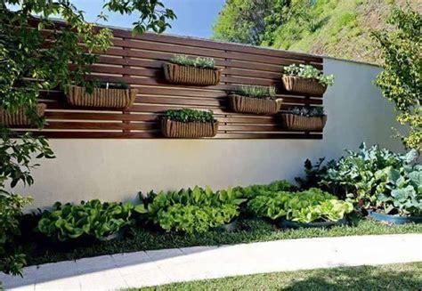 decoracion de espacios verdes pequeños m 225 s de 25 ideas incre 237 bles sobre jardines peque 241 os en
