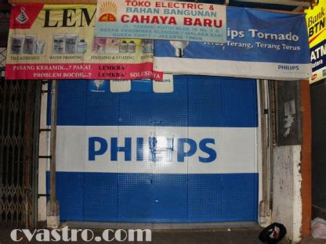 Lu Philips Di Jakarta pengecatan branding toko elektronik produk philips di jakarta