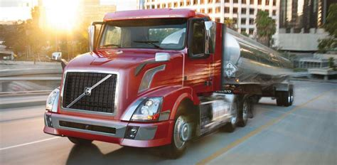 volvo trucks launches certified uptime centers todays truckingtodays trucking