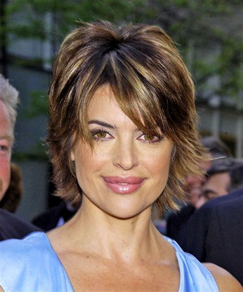 lisa rinnacurrent haircolir lisa rinna short straight casual hairstyle