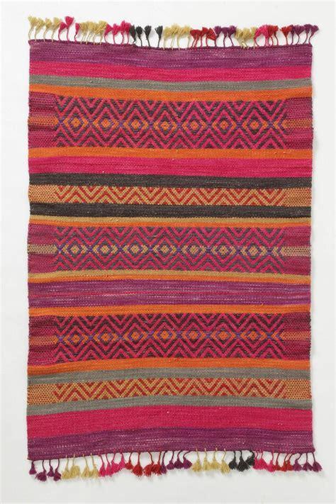 rugs like anthropologie huari rug anthropologie decor