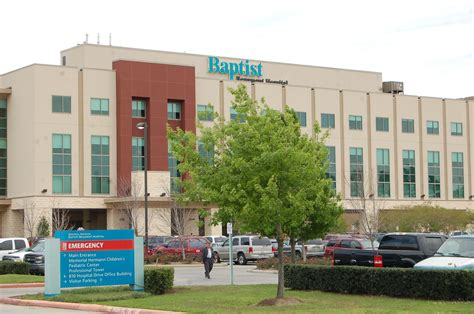 Baptist Hospital Beaumont Tx Detox Center by Beaumont Hospital Doctor Sued For Of Patient After