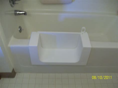handicap accessible bathtubs 15 best easy access bathtubs showers beautiful walk in