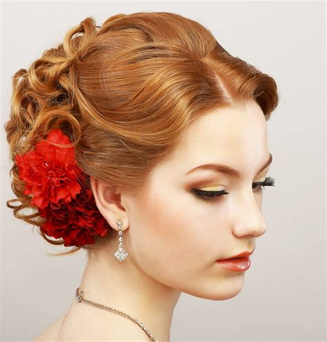 Easy Formal Hairstyles For Hair by 16 Easy Prom Hairstyles For And Medium Length Hair