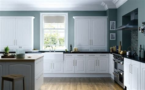 Kitchen Cabinet Painters by