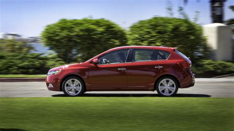 2013 Kia Forte 5 Door 2013 Kia Forte Ex Koup Compared