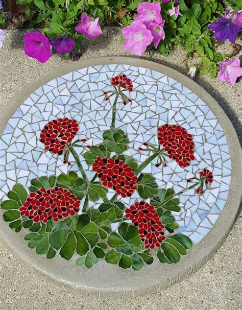 Mosaic Ideas For Garden Best 25 Mosaic Stepping Stones Ideas On Pinterest