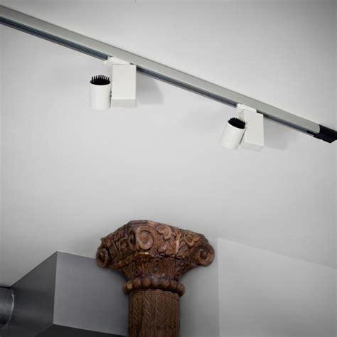 illuminazione a binario basso consumo faretto orientabile in alluminio a binario fort