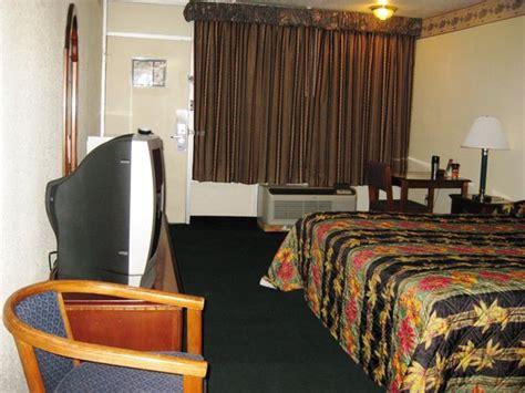 2 Bedroom Suites Jackson Tn M Hotel Jackson 2 отзывы фото и сравнение цен