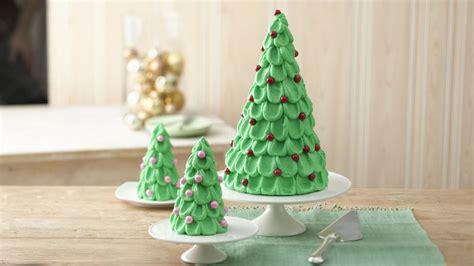 weihnachtsbaum torte tree cake with mini trees recipe bettycrocker