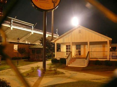 hank aaron stadium lights hank aaron stadium picture of hank aaron stadium mobile