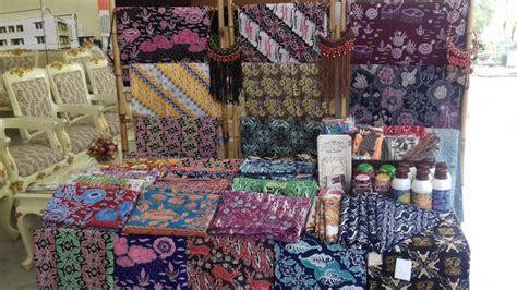 Batik Bogor di pameran ini jual kain batik seharga rp 600 juta