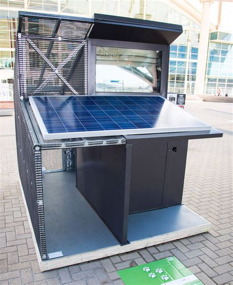 solar dog house solar phase change dog house green passive solar magazine