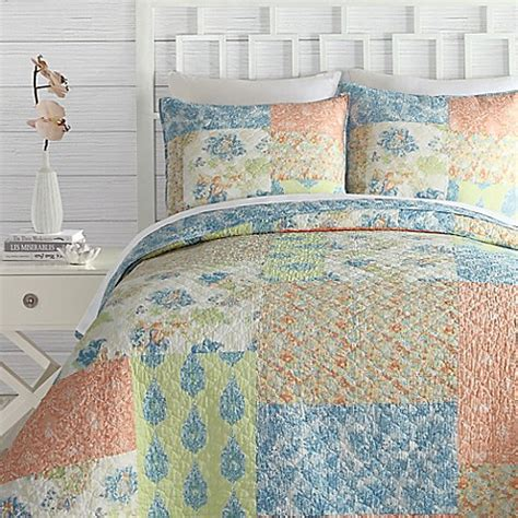 bed bath beyond quilts buy jessica simpson fiona reversible full queen quilt from
