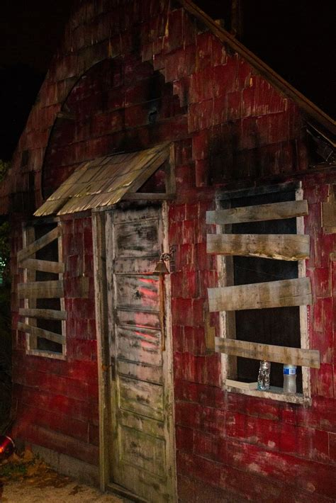 Garage Haunted House Ideas by 1000 Images About Haunt Facades And Walls On